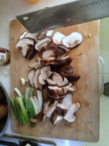 香菇红烧排骨